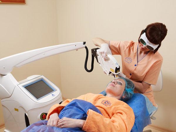лазерное омоложение кожи вокруг глаз цена