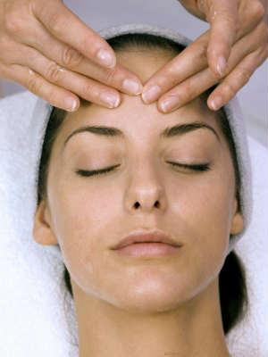 Массаж лица – эффективный метод омоложения кожи