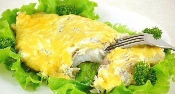 рыба под сыром запеченная